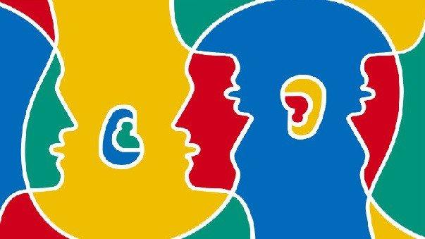 Parlare più lingue rallenta i sintomi dell'Alzheimer
