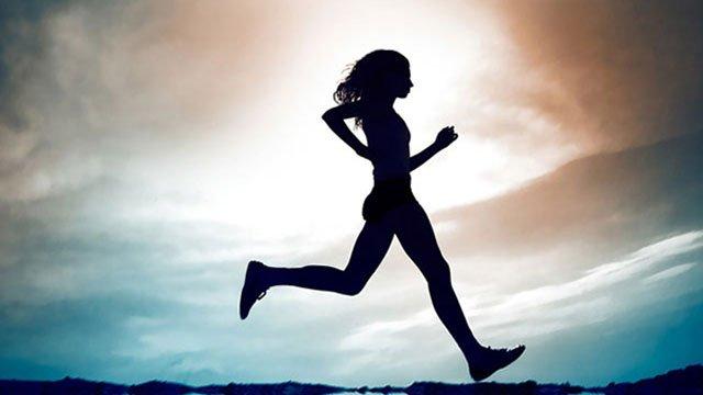 Sport e adrenalina: utili alleati per proteggere il nostro organismo dai tumori