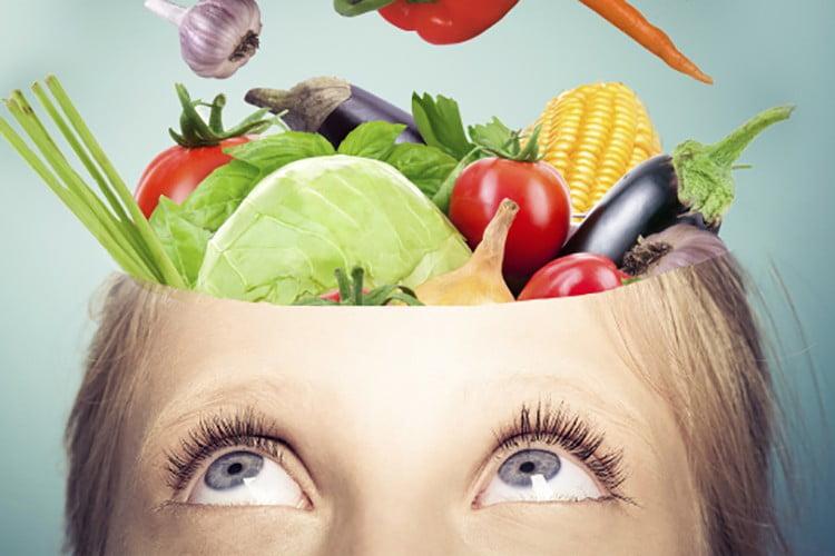 I 7 alimenti che aiutano a mantenere in salute il cervello
