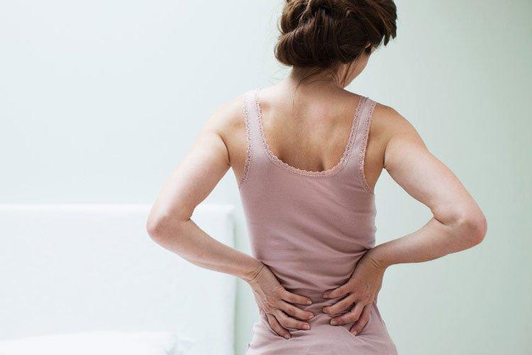 Addio al mal di schiena con l'aiuto di rimedi naturali