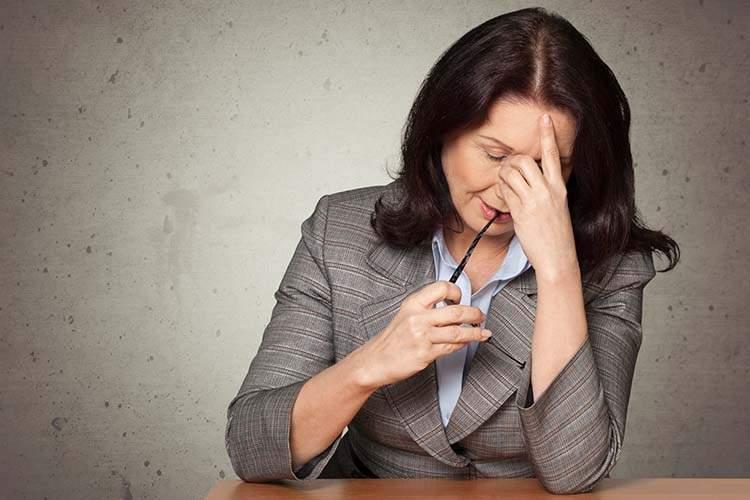 Frequenti mal di testa e attacchi di emicrania? Attenzione alla tiroide!