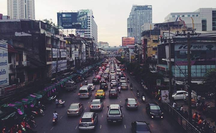 Traffico e rischio di demenza: vicini di casa pericolosi?