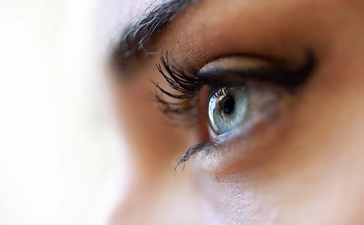 Sindrome dell'occhio secco: a rischio chi sta troppo al pc