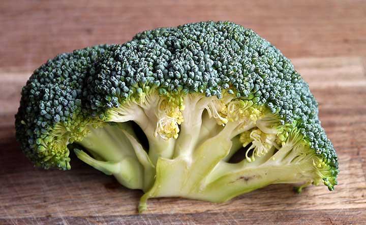 Broccoli: un modo più salutare per cucinarli