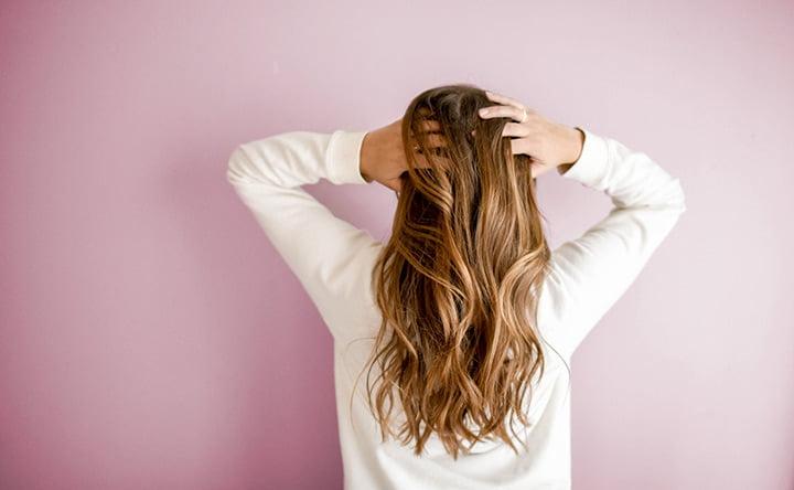 Le informazioni segrete nascoste nei capelli