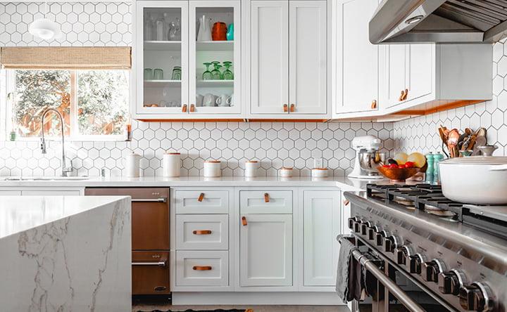 Trucchetti per pulire la cucina in meno di 10 minuti