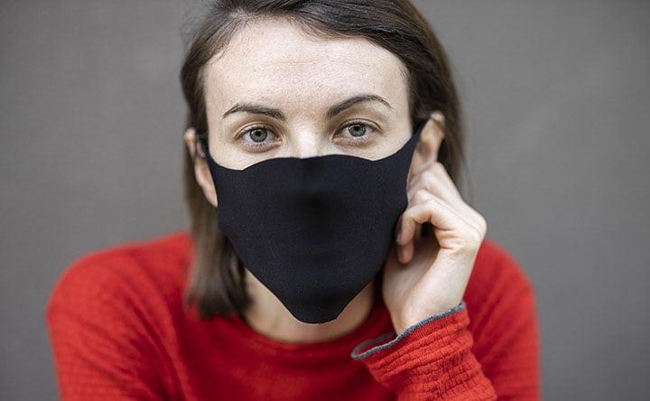 Ecco i materiali migliori per una mascherina fatta in casa!